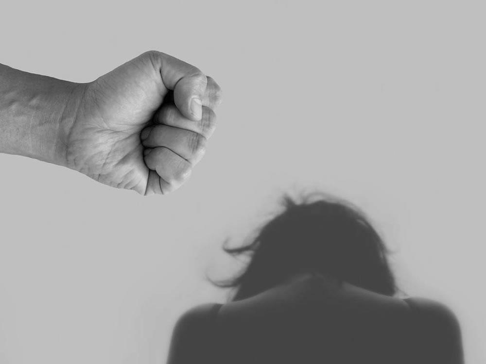 Imagem de Homem ameaça matar esposa e filho de apenas 7 meses em Rio Verde
