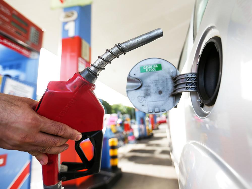 Imagem de Procon divulga pesquisa de preços dos combustíveis em Rio Verde