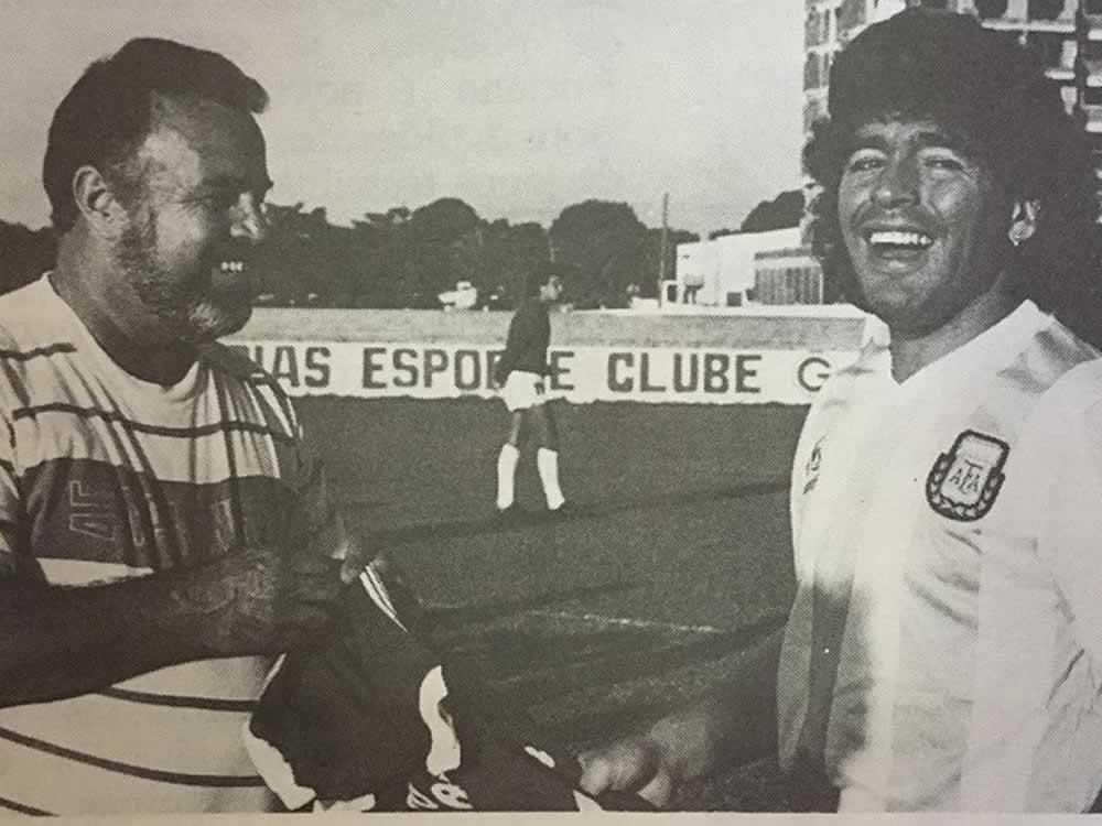 Imagem de Quando Maradona esteve na Serrinha