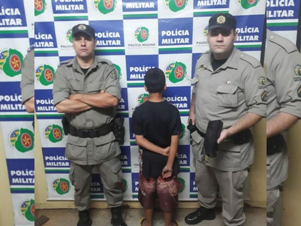 Imagem de PM apreende menino de 12 anos que vendia drogas pelo WhatsApp