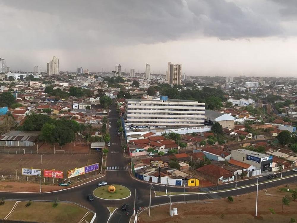Imagem de Rio Verde tem chuva após 130 dias de seca
