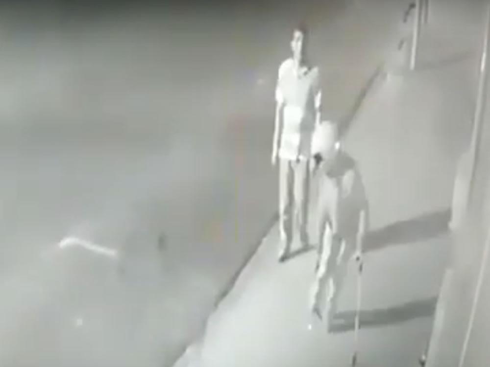 Imagem de Vendedor com deficiência física é assaltado e agredido em Rio Verde. Veja o vídeo: