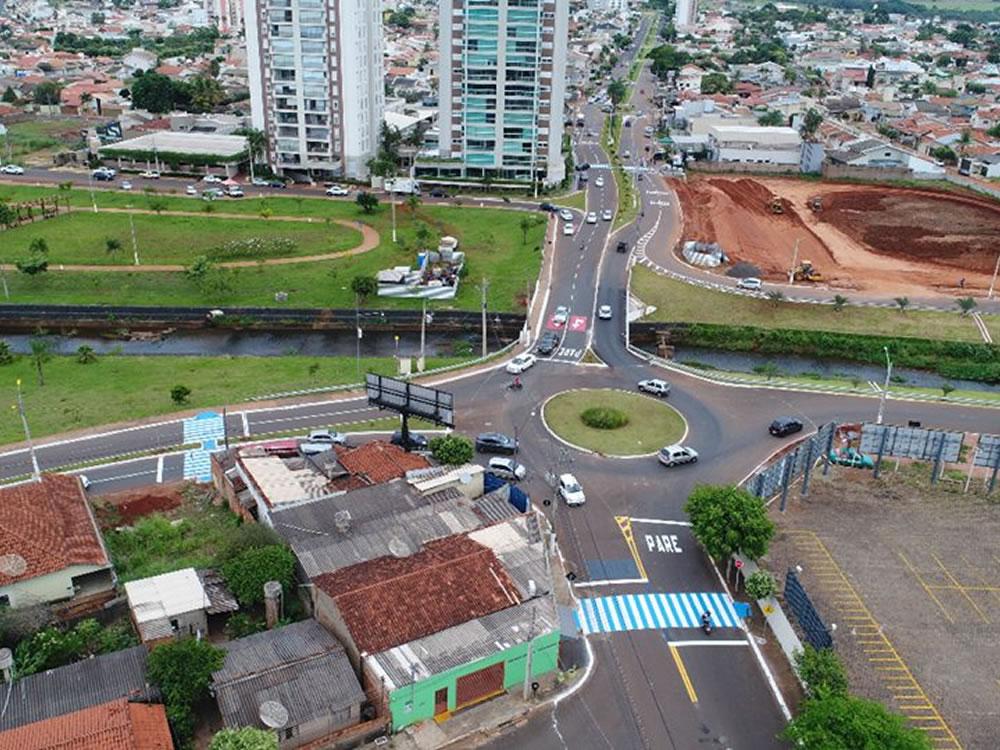 Imagem de Prefeitura entrega ponte do Espelho D'água