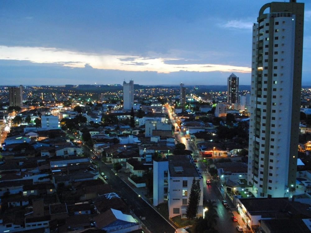 Imagem de Outubro deve ter nove dias de chuva e ser o 2º mês mais quente do ano em Rio Verde