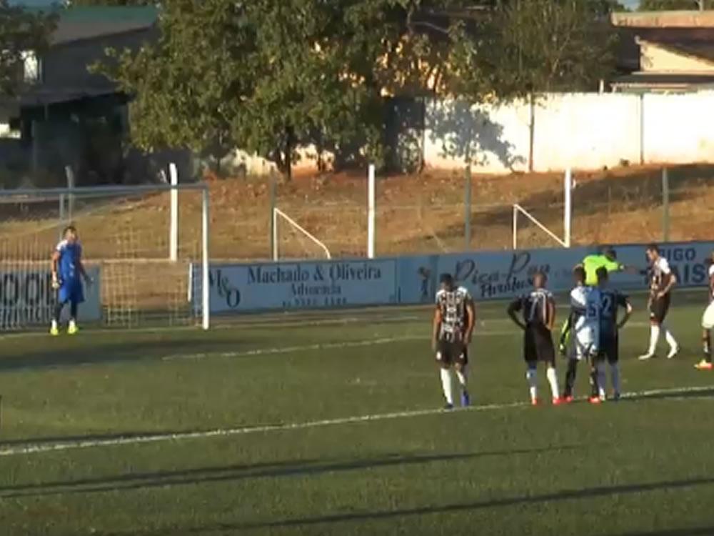 Imagem de Jaraguá e Trindade largam com vitória na divisão de acesso