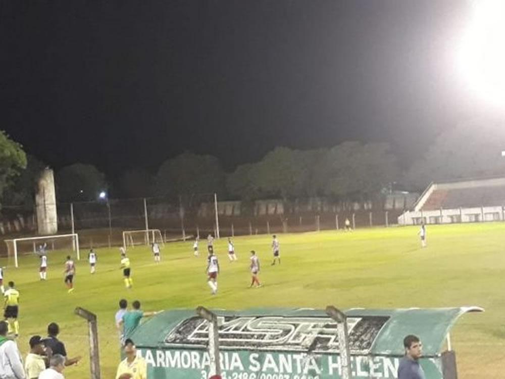 Imagem de Santa Helena goleia Atlético Rio Verde