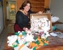 Imagem de Prefeitura prepara decoração para a Páscoa