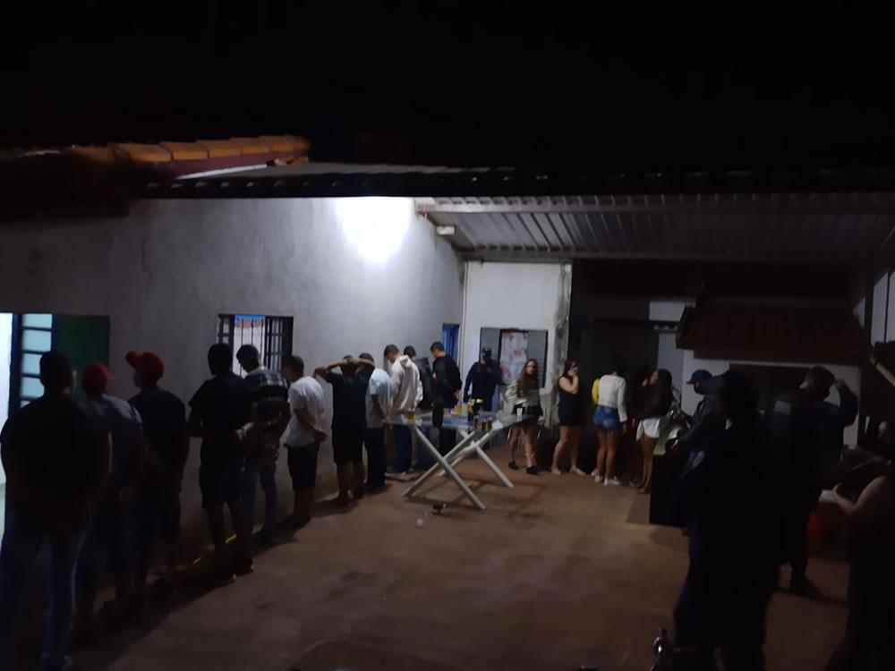 Imagem de Algazarra termina com 18 pessoas na delegacia em Rio Verde
