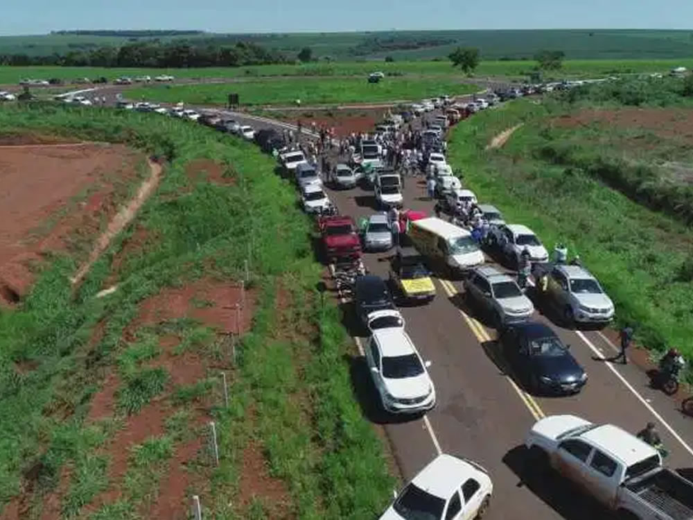 Imagem de População de Santa Helena protesta contra plataforma multimodal em Rio Verde