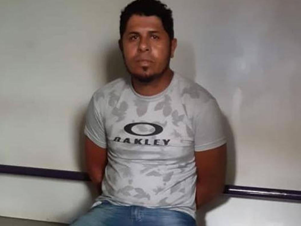 Imagem de Motorista suspeito de integrar quadrilha de roubo de cargas preso em Jataí