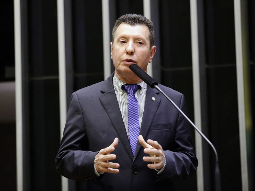 Imagem de José Nelto denuncia manobra para aumentar fundo eleitoral